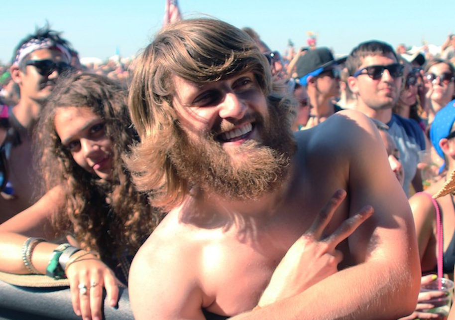 Photogenic-Hippie-Bonnaroo-Dude--1
