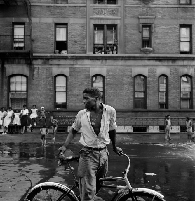 Untitled, Harlem, New York, 1948