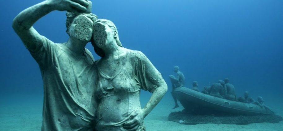 Jason_deCaires_Taylor_sculpture-00154-1080x500