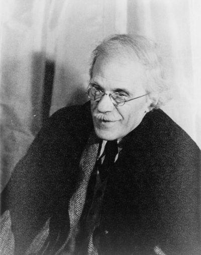 Portrait of Alfred Stieglitz, 1935. Carl Van Vechten photograph collection (Library of Congress), courtesy of Wikimedia Commons.