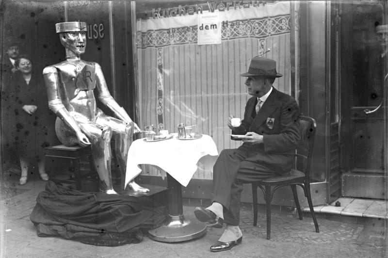 George the humanoid robot from the 1930s was constructed by motor engineer Alan Herbert Reffell and Captain W. H. Richards. Captain and journalist William H. Richards was secretary of the Exhibition of the Society of Model Engineers. The picture shows Captain W. H. Richards. Courtesy of the German Federal Archives/Wikimedia Commons.