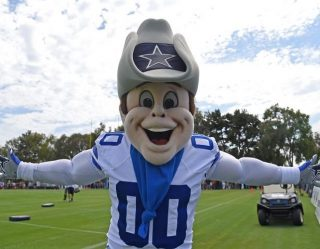 C'mon Guys: Dallas Cowboys Cheerleader Paid Less Than Mascot, Sues Team