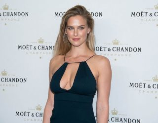 Bar Refaeli Is Beyond Intoxicating on Instagram