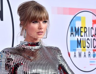 Taylor Swift Uses Her Voice To Encourage Voter Registration