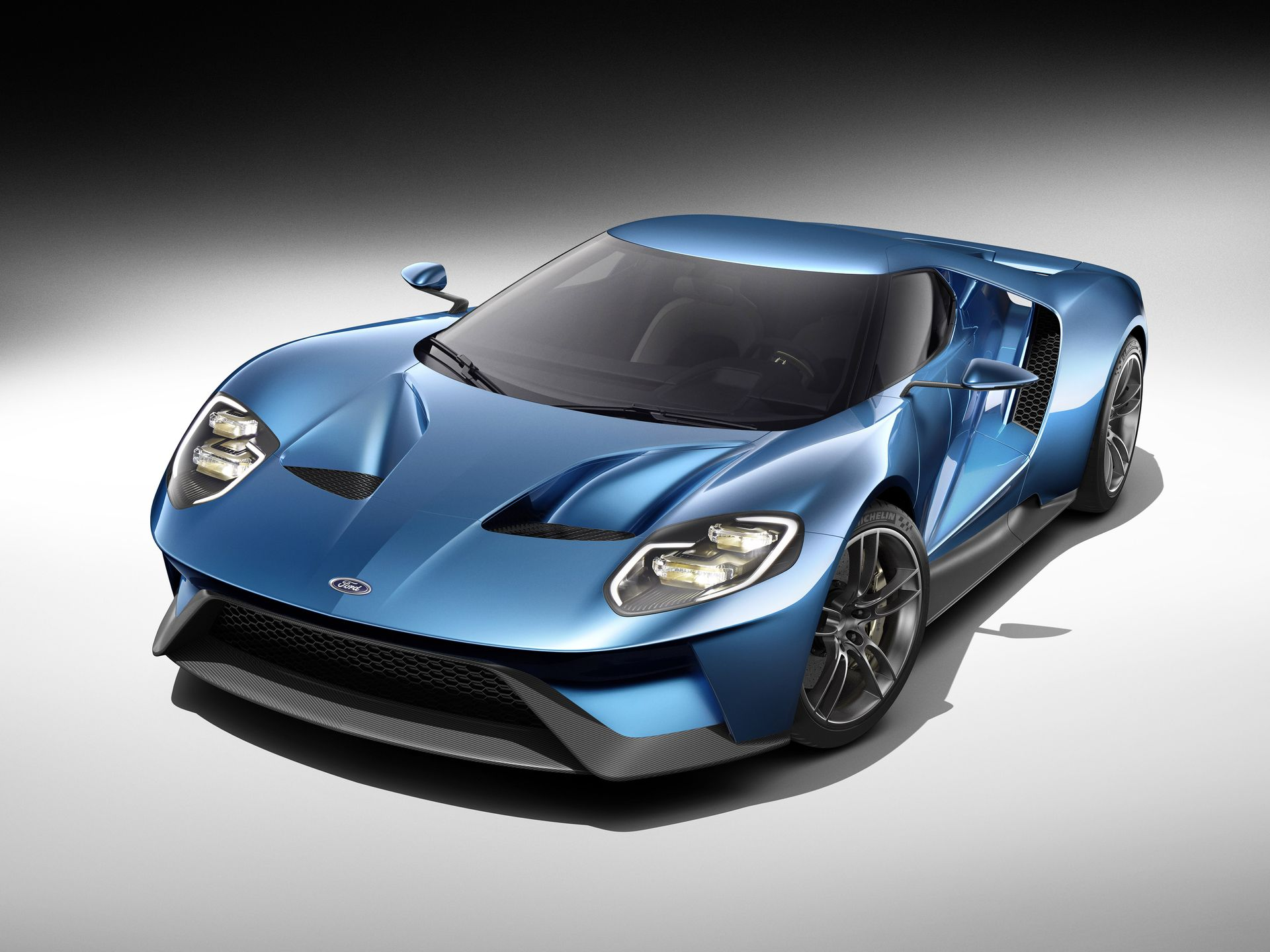 Ford GT Exterior #1