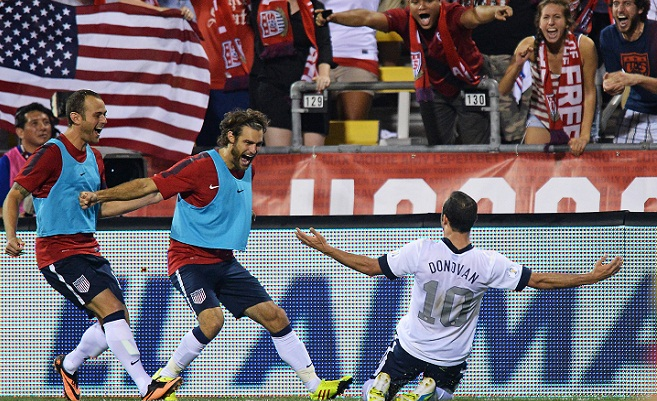 Mexico v United States - FIFA 2014 World Cup Qualifier