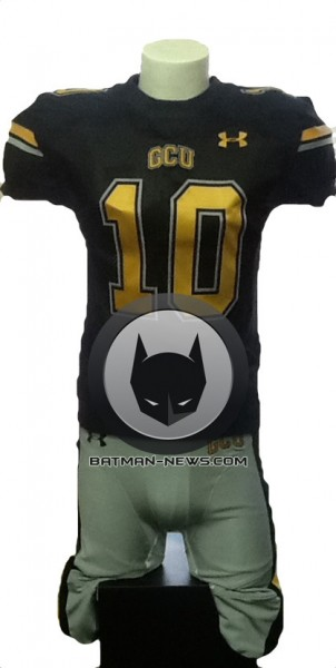 superman-vs-batman-gotham-jersey