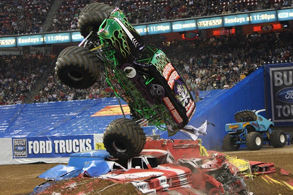 The 10 Most Insane Monster Truck Accidents - Mandatory