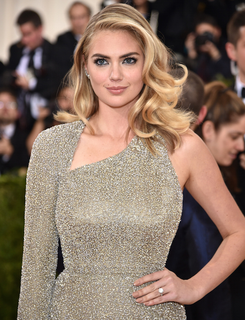 """NEW YORK, NY - MAY 02: Model Kate Upton attends the """"Manus x Machina: Fashion In An Age Of Technology"""" Costume Institute Gala at Metropolitan Museum of Art on May 2, 2016 in New York City. (Photo by Dimitrios Kambouris/Getty Images)"""
