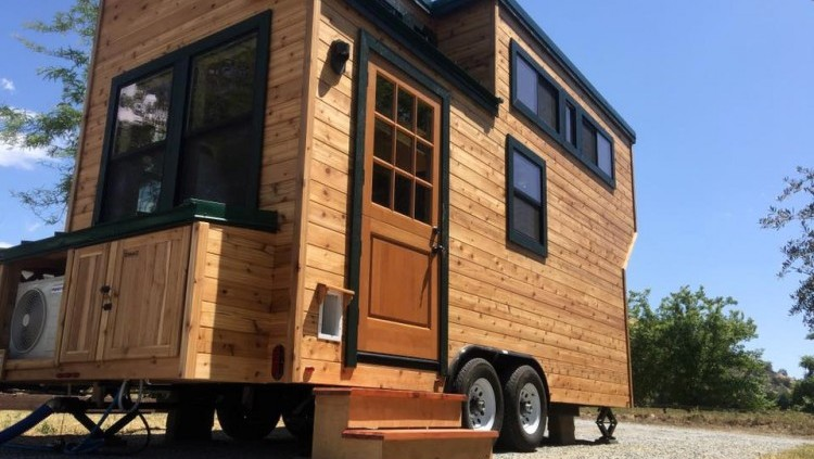 Tiny House Builders California >> Father Son Builders Bring Tiny Homes To Fresno Mandatory