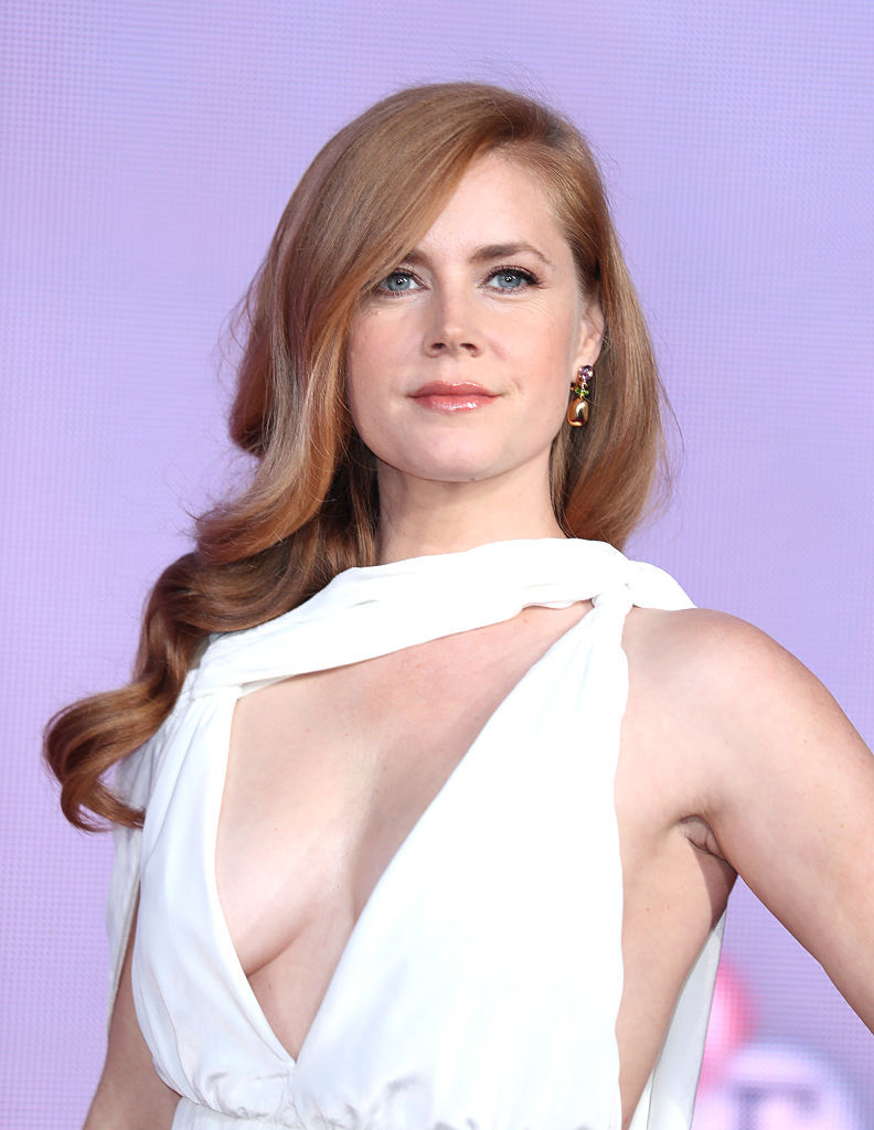 Amy Adams Hot amy adams' hot dress at the screening of her movie 'arrival