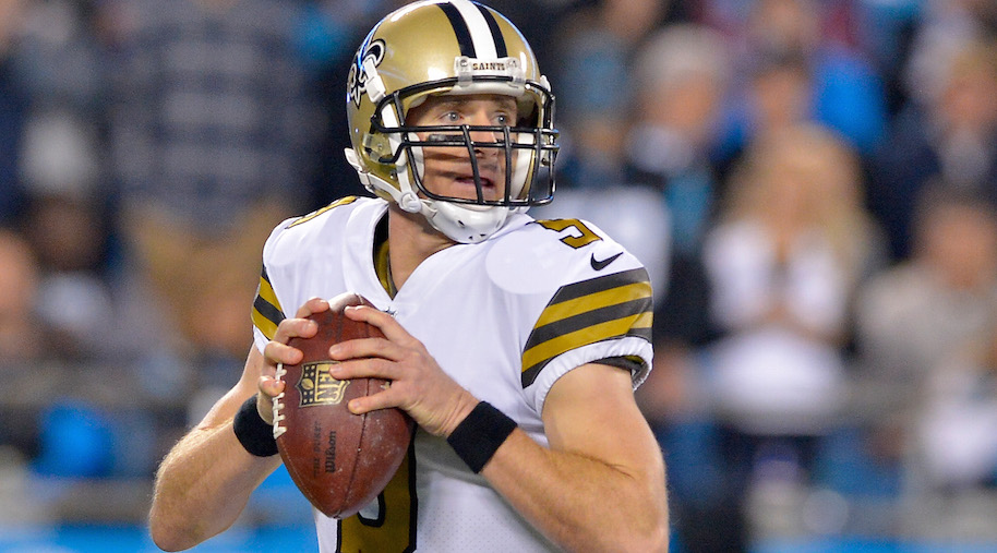 CHARLOTTE, NC - NOVEMBER 17: Drew Brees #9 of the New Orleans Saints drops back to pass against the Carolina Panthers in the second quarter during the game at Bank of America Stadium on November 17, 2016 in Charlotte, North Carolina. (Photo by Grant Halverson/Getty Images)
