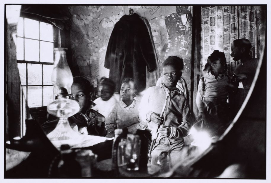 Children in the Mirror, Johns Island, South Carolina, 1964. Leonard Freed (American, 1929–2006). Gelatin silver print; 23.8 x 29.8 cm. The Cleveland Museum of Art, Gift of Michael Mattis and Judith Hochberg, 2016.282. Image courtesy of Leonard Freed / Magnum Photos.