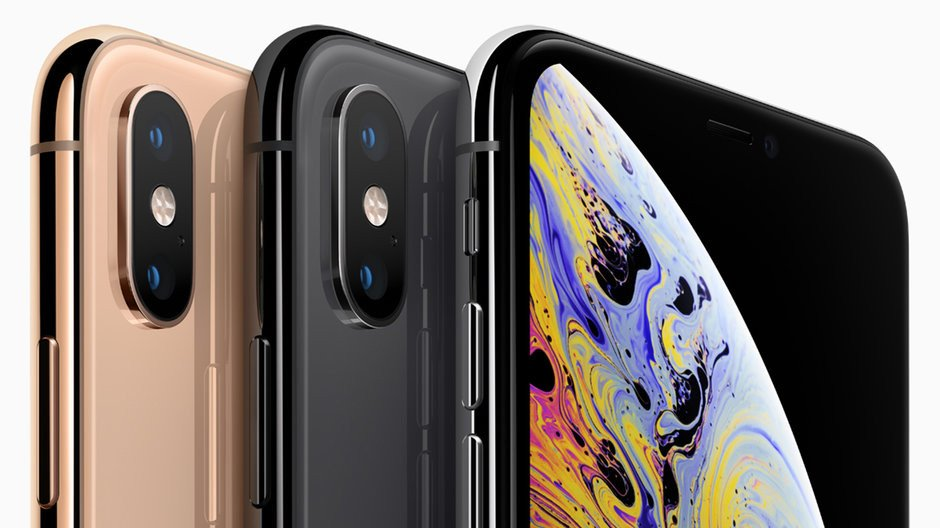 Apple iPhone XS in 3 colors