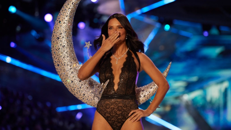 Victoria's Secret Says Au Revoir To Adriana Lima After 20 Years