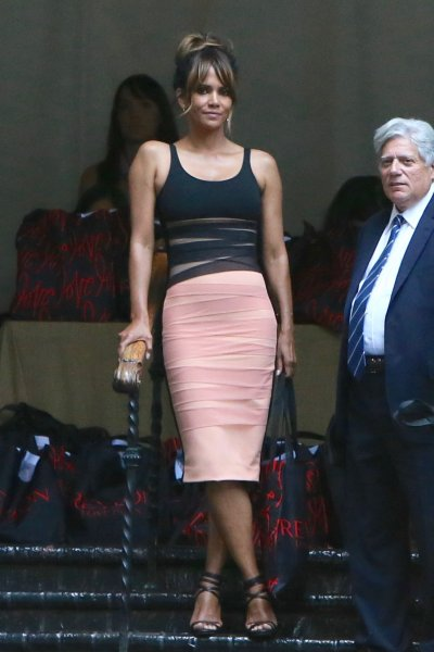 Celebrities seen leaving Revlon's Annual Philanthropic Luncheon at Chateau Marmont Featuring: Halle Berry Where: Los Angeles, California, United States When: 27 Sep 2016 Credit: Michael Wright/WENN.com