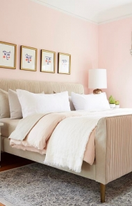 Bedroom Don't: Pink