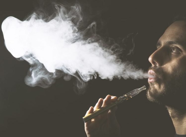 The 10 Best Disposable Vapes For People Who Want To Get High On The Down-Low
